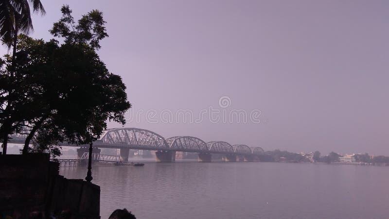 Puente en el río Ganga imagen de archivo libre de regalías