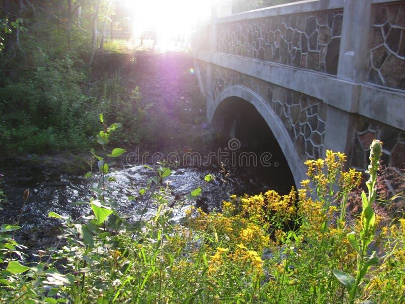 Puente en la península superior Michigan fotos de archivo