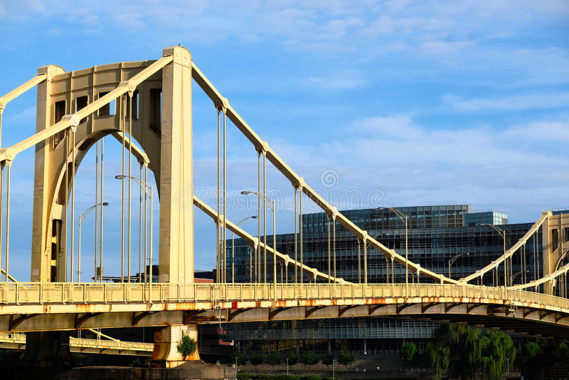 Puente en Pittsburgh, Pennsylvania foto de archivo