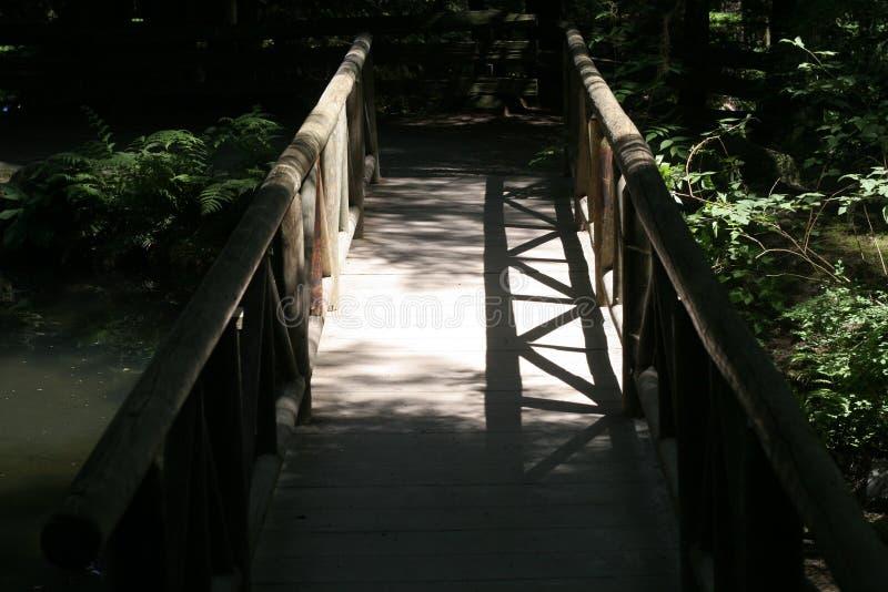 Puente En Sombra Imágenes de archivo libres de regalías