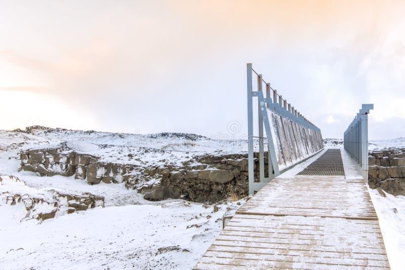 Puente entre Europa y Norteamérica imagenes de archivo