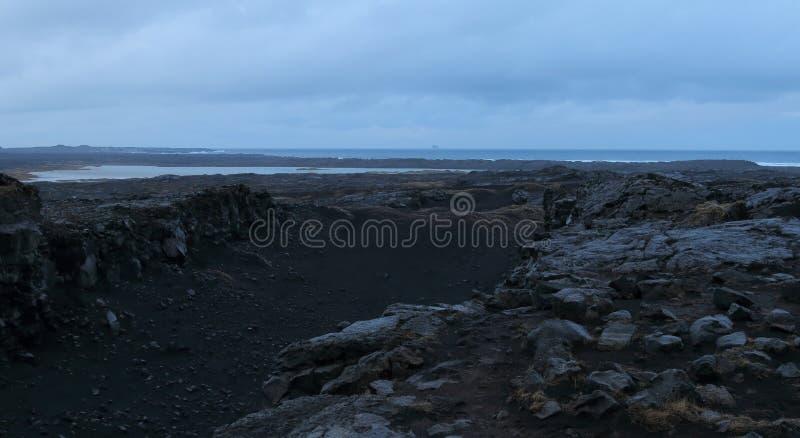 Puente entre los continentes, Islandia foto de archivo libre de regalías