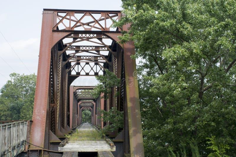 Puente histórico Marietta Ohio del ferrocarril fotografía de archivo