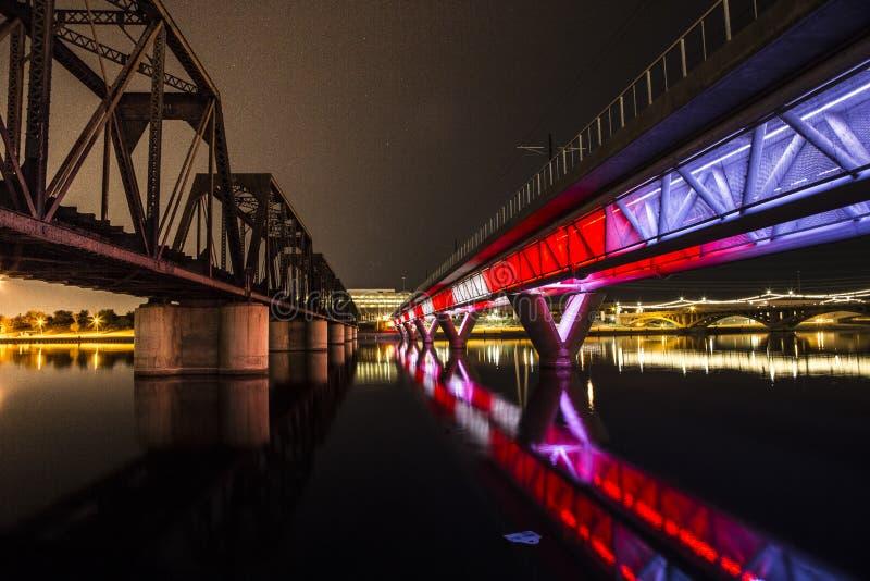 Puente iluminado fotos de archivo libres de regalías