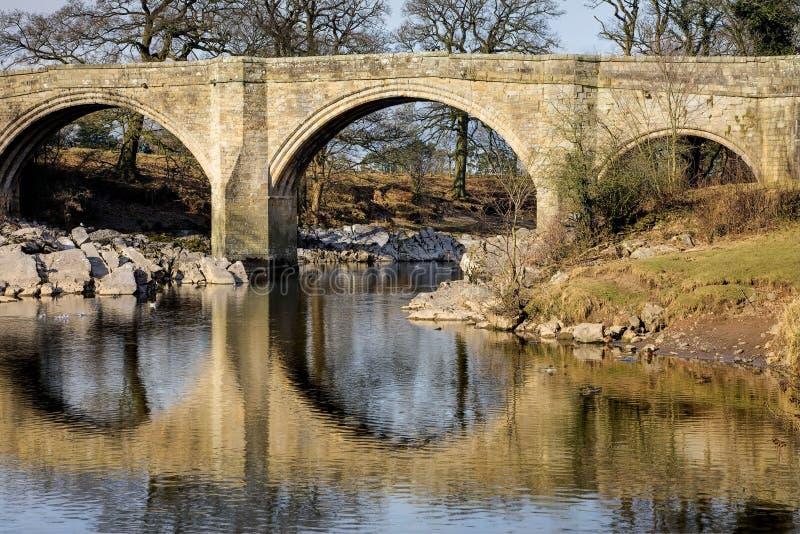 Puente Kirkby Lonsdale de los diablos fotos de archivo