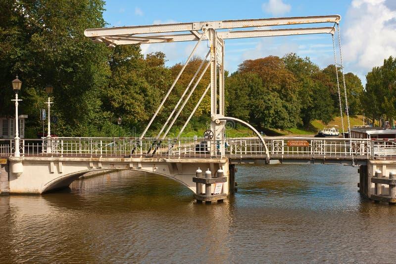 Puente levadizo de acero foto de archivo
