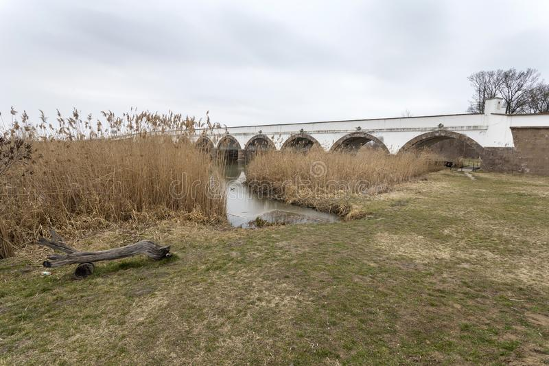 puente Nueve-agujereado en Hungría fotografía de archivo libre de regalías