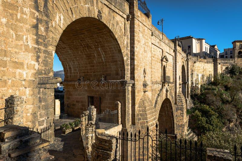 Puente Nuevo most w Ronda, jeden sławne białe wioski w Andalusia, Hiszpania zdjęcia royalty free
