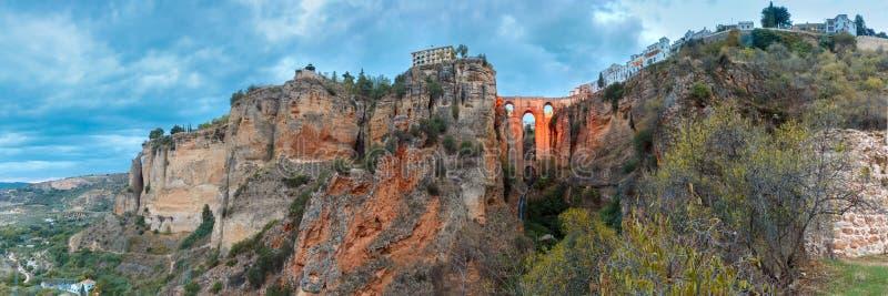 Puente Nuevo, nuovo ponte, alla notte a Ronda, la Spagna fotografie stock libere da diritti