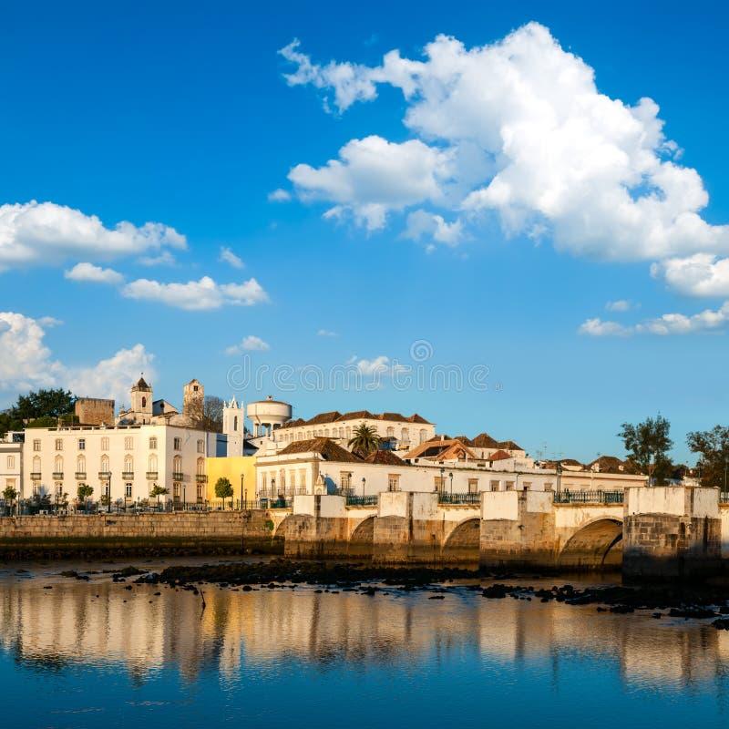 Puente romano en Tavira fotos de archivo libres de regalías
