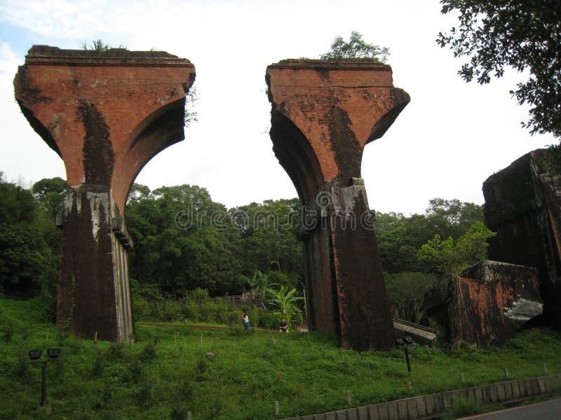 Puente roto Longteng imagenes de archivo