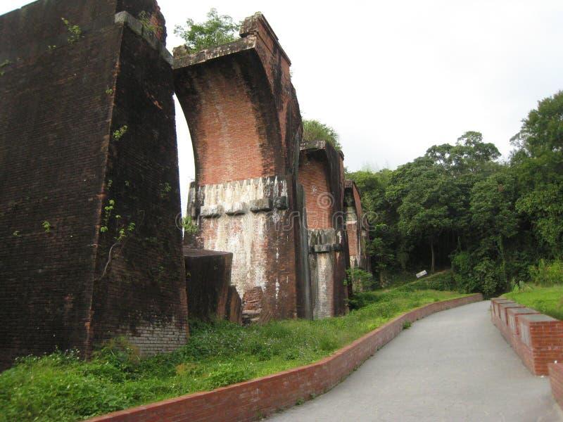 Puente roto Longteng foto de archivo
