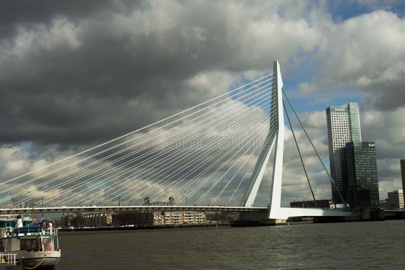 Puente Rotterdam de Erasmus imágenes de archivo libres de regalías