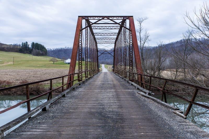 Puente rural histórico - Virginia Occidental imagenes de archivo