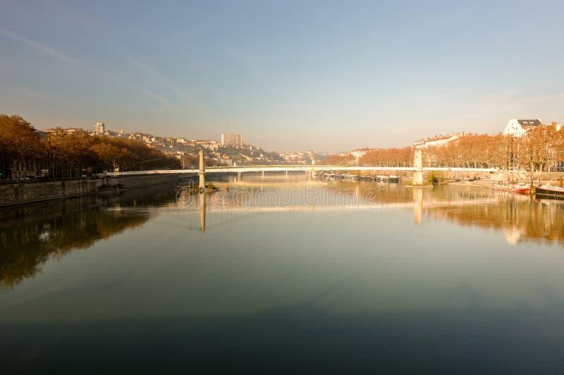 Puente sobre el Rhone, Lyon, Francia imagen de archivo