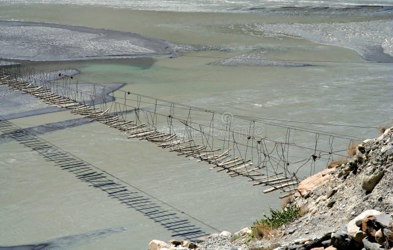 Puente sobre Hunza foto de archivo
