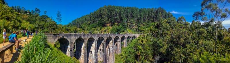 Puente Sri Lanka de nueve arcos imagen de archivo libre de regalías