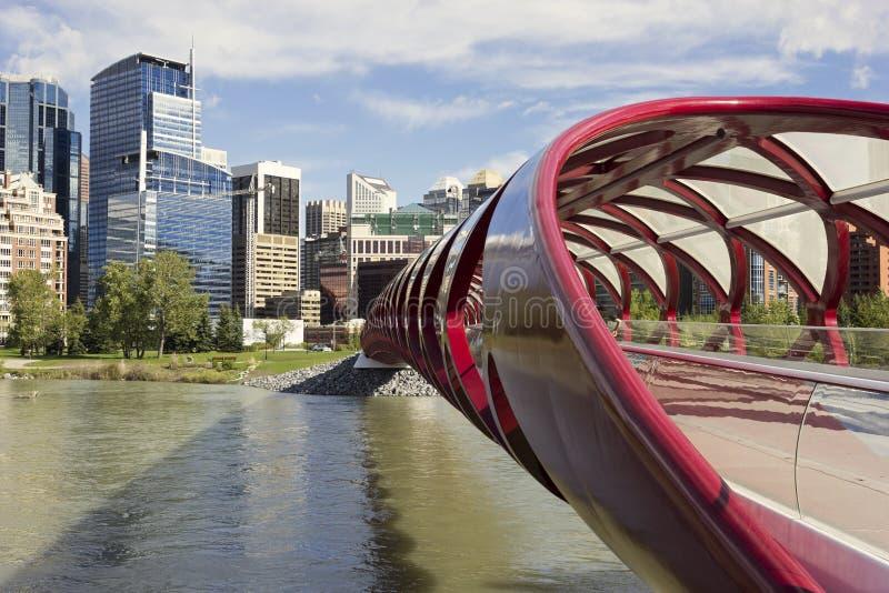 Puente tubular de la paz en Calgary imagen de archivo