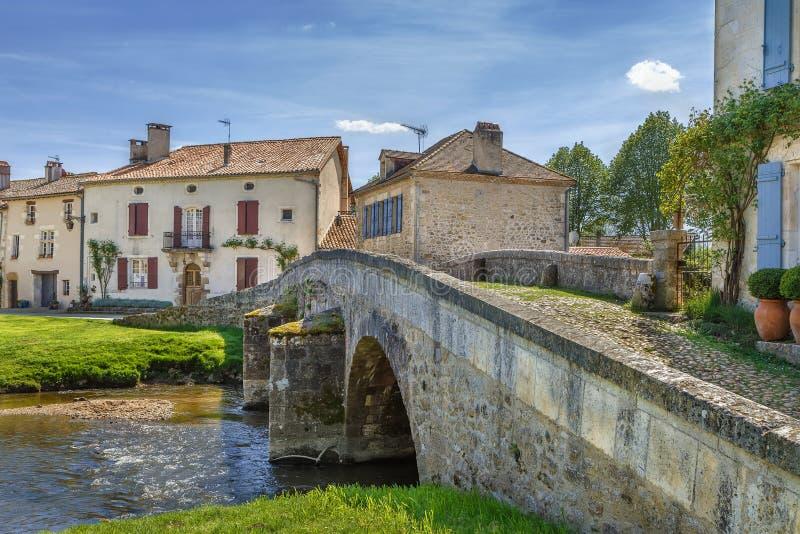 Puente viejo, Santo-Jean-de-Cole, Francia fotos de archivo