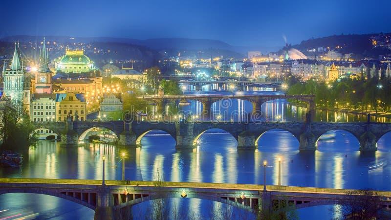 Puentes de Praga, República Checa imagen de archivo