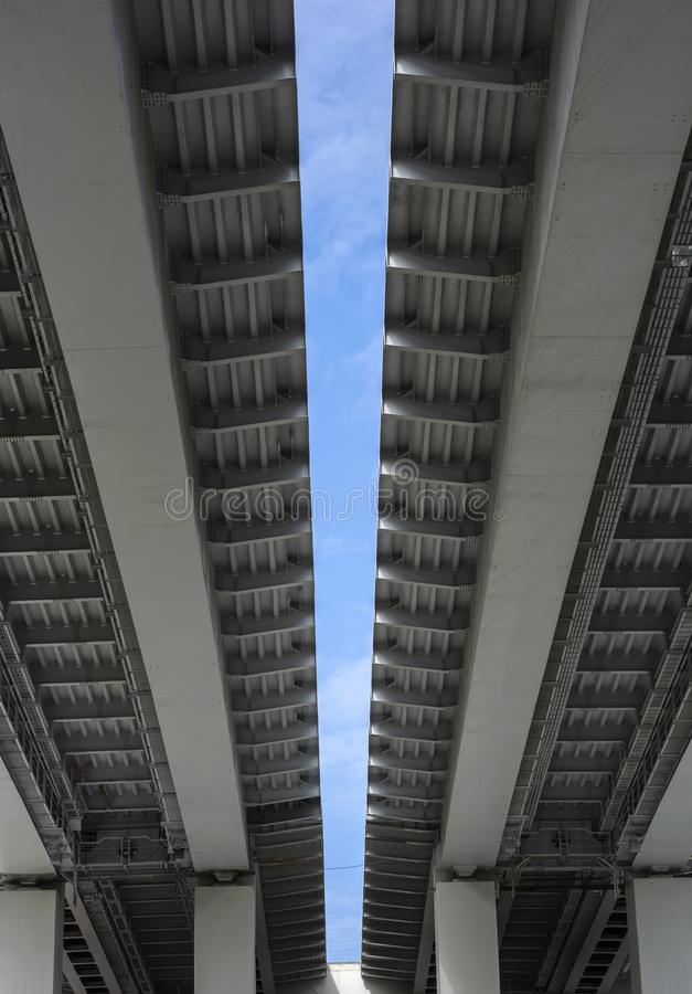 Puentes en la ciudad imagen de archivo libre de regalías
