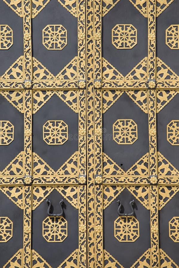 Puerta adornada del oro en Kiev Pechersk Lavra ucrania imágenes de archivo libres de regalías