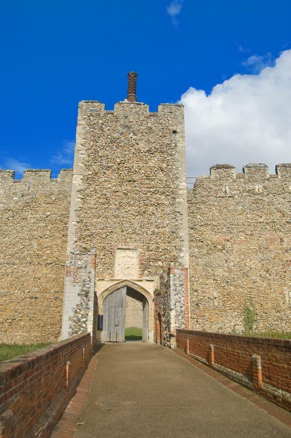 Puerta al castillo fotos de archivo libres de regalías