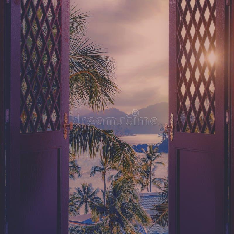 Puerta al cielo Abstraiga los fondos fotos de archivo