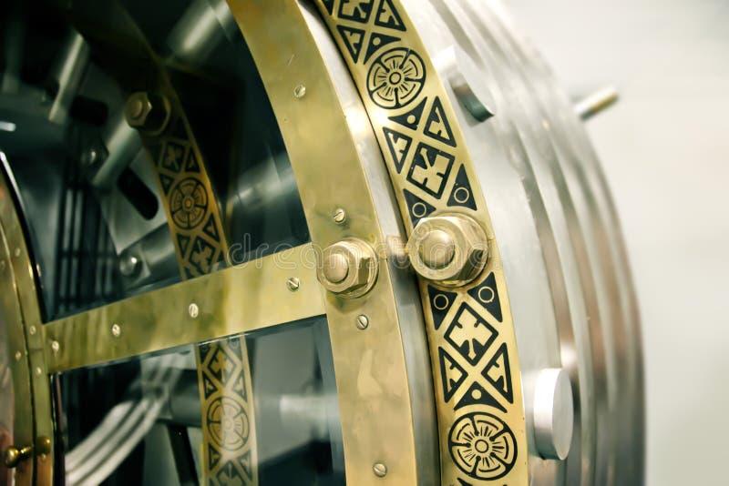 Puerta antigua de la batería fotografía de archivo libre de regalías