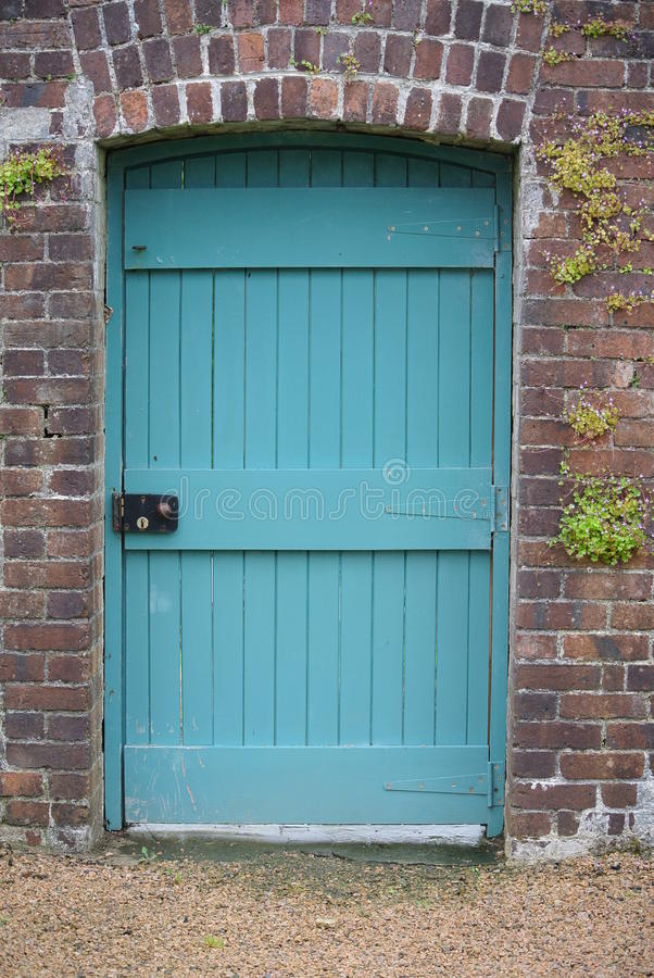 Puerta azul fotografía de archivo libre de regalías