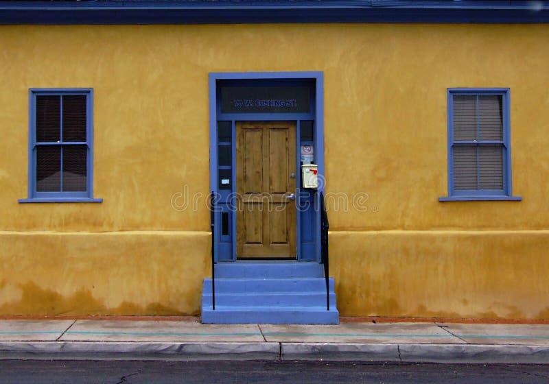 Download Puerta Azul En El Barrio Hispano Imagen de archivo - Imagen de herencia, puertas: 7284135