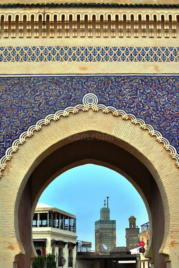 Puerta azul, Fes foto de archivo