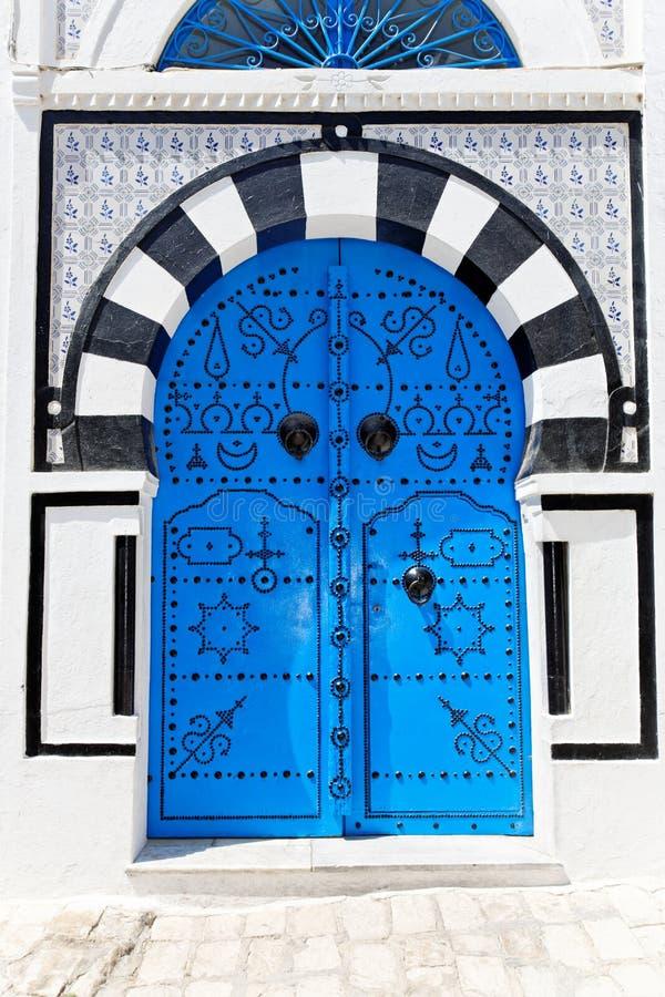 Puerta azul ornamental. foto de archivo libre de regalías