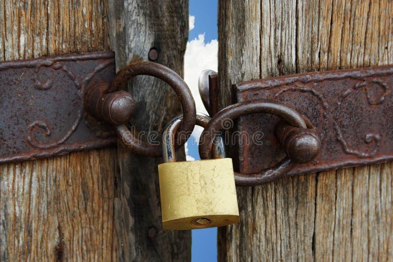 Puerta bloqueada del cielo imágenes de archivo libres de regalías