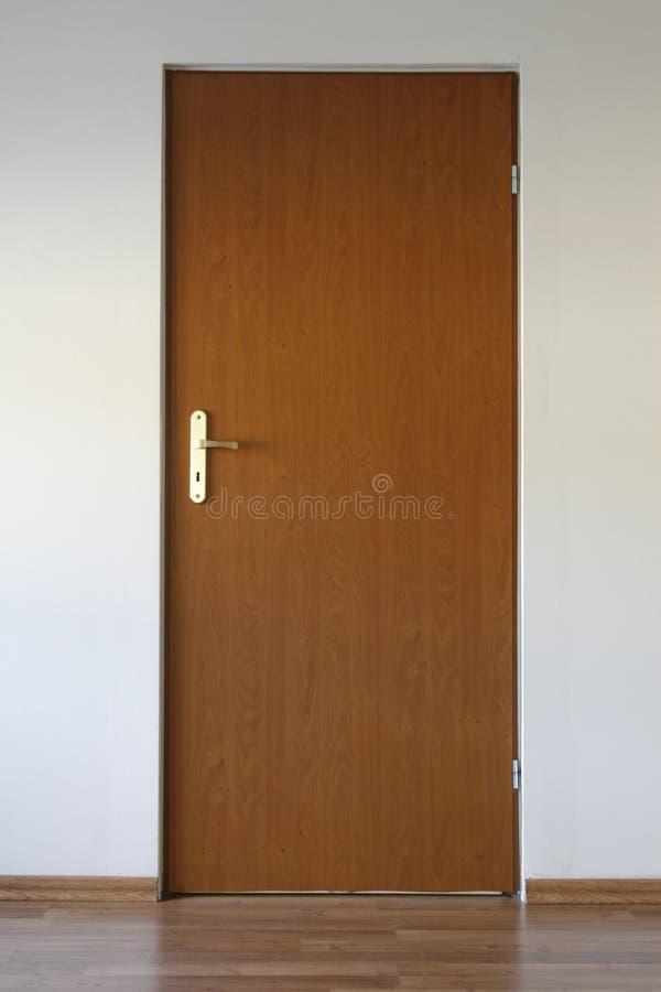 A puerta cerrada imagen de archivo libre de regalías