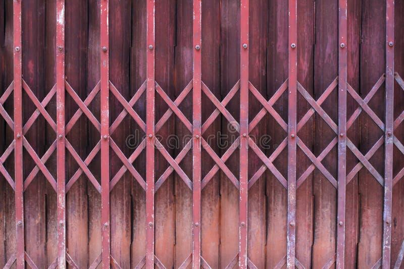 Puerta de acero plegable imagen de archivo libre de regalías