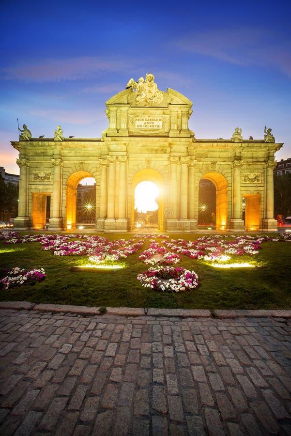 Puerta de Alcala, Madri, Espanha foto de stock royalty free
