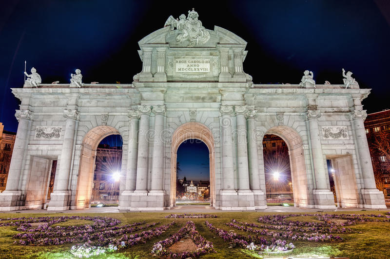 Download Puerta De Alcala At Madrid, Spain Stock Photo - Image: 25886742