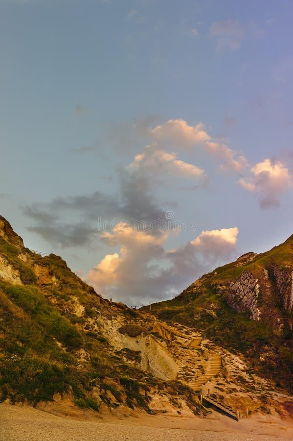 Puerta de Durdle - puesta del sol - lugar turístico fotografía de archivo libre de regalías