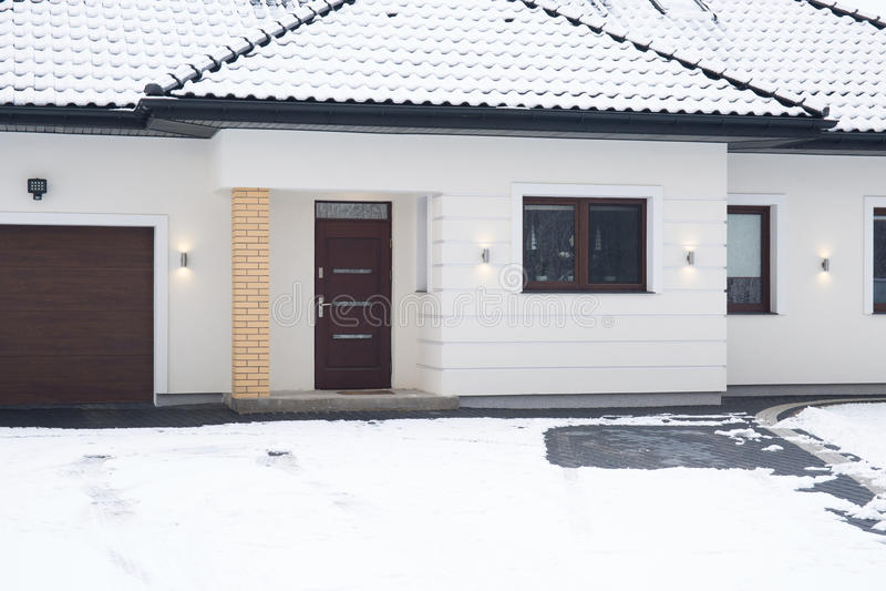 Puerta de entrada a la casa fotos de archivo