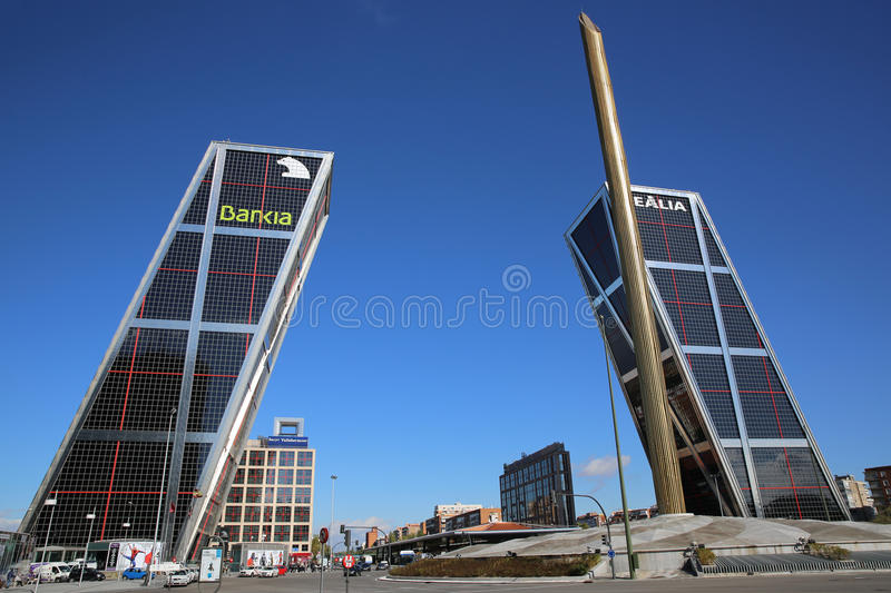 Puerta de Europa. Madrid photographie stock