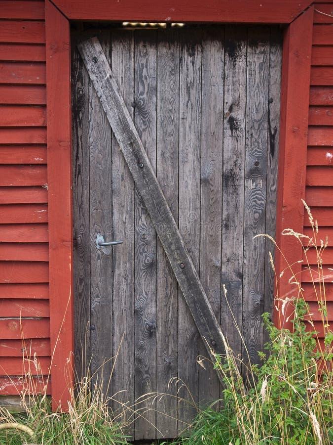 Puerta de granero vieja de la granja fotografía de archivo libre de regalías