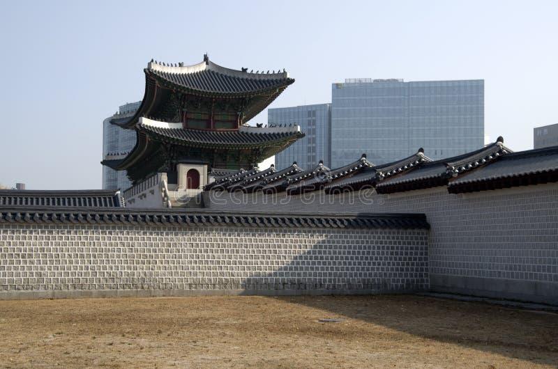 Puerta de Gwanghwamun en el palacio Seul céntrica de Gyeongbokgung imagen de archivo