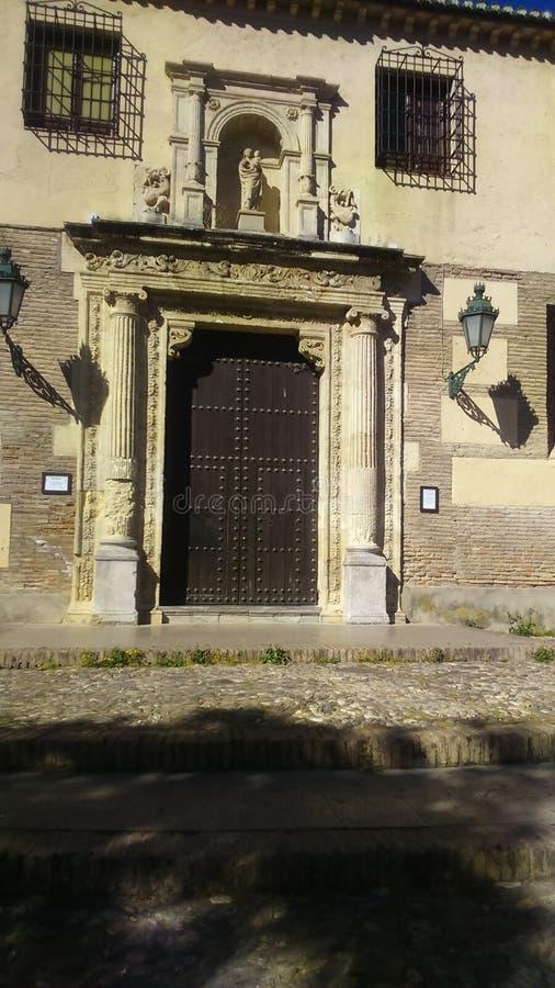 Puerta de Iglesia lizenzfreie stockbilder