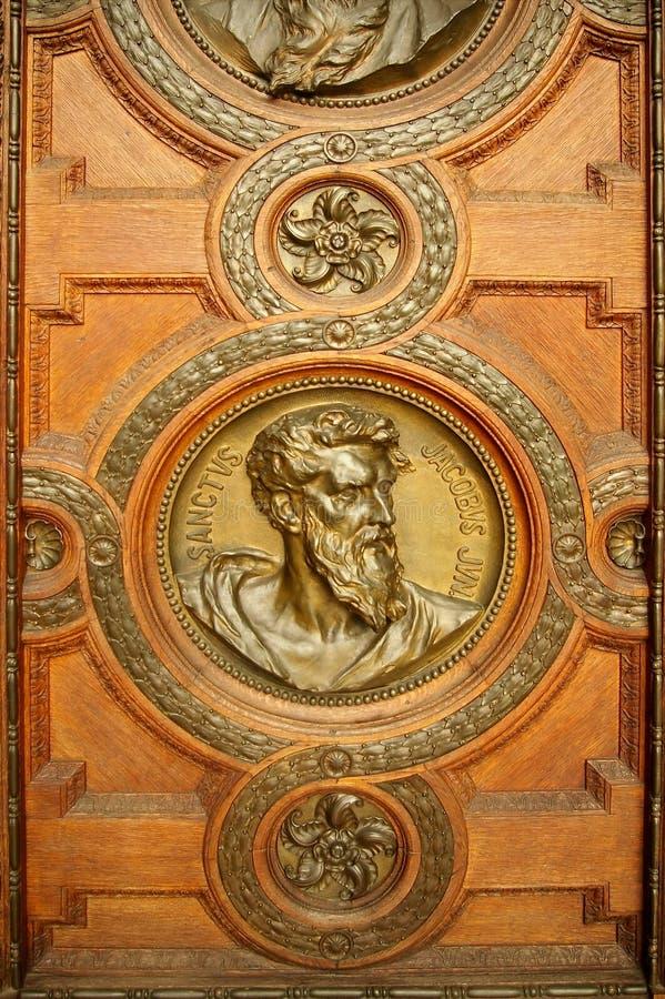 Puerta de la basílica del Stephen fotografía de archivo
