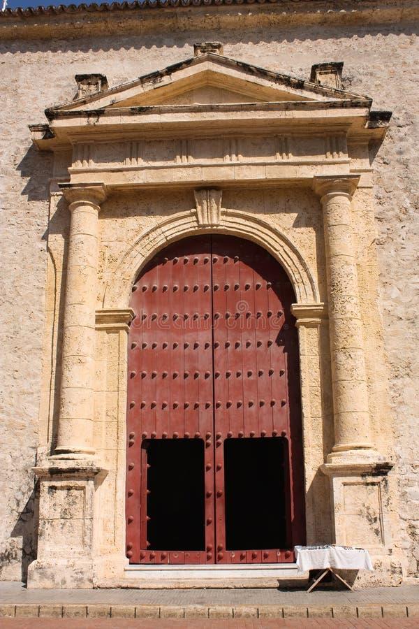 Puerta de la catedral. Cartagena de Indias. Colombia imágenes de archivo libres de regalías