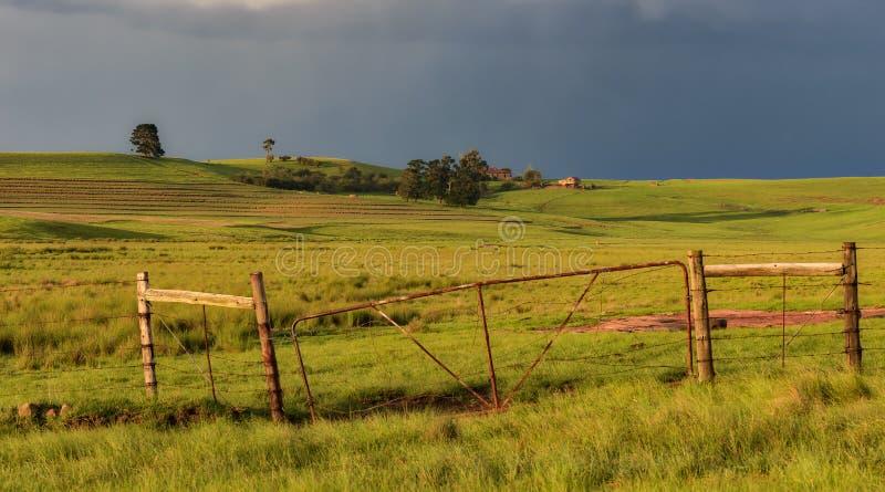 Puerta de la granja imagen de archivo libre de regalías