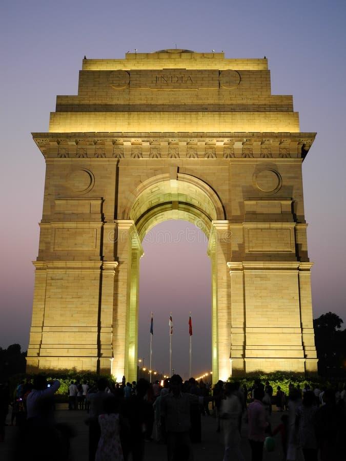 Puerta de la India/noche photos stock