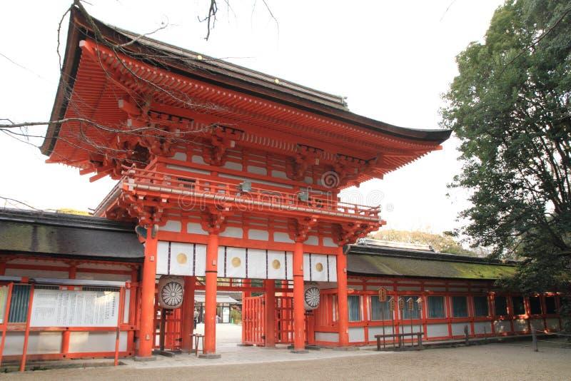 Puerta de la torre de la capilla de Shimogamo en Kyoto fotos de archivo libres de regalías
