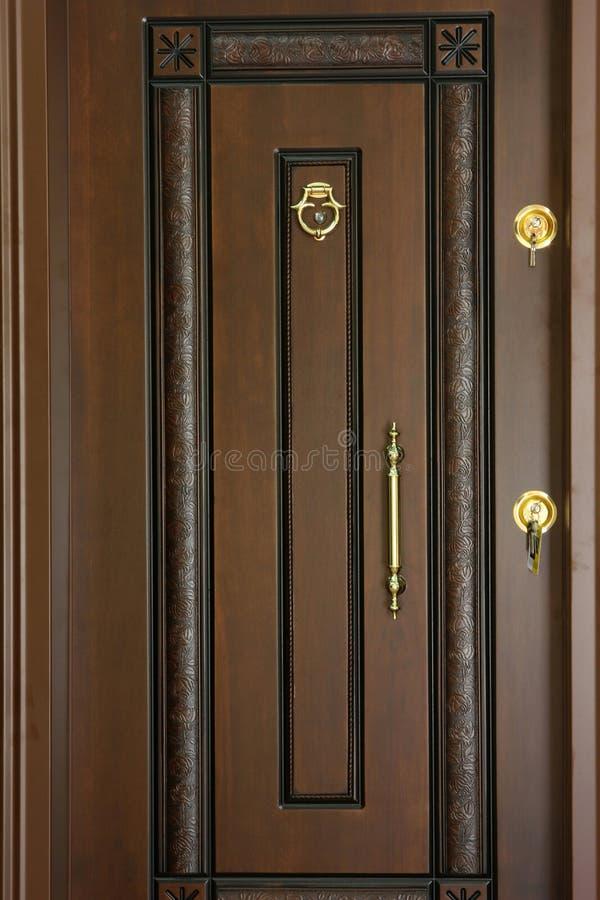 Puerta de madera imágenes de archivo libres de regalías